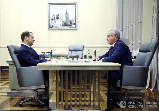 Дмитрий Медведев и Александр Усс обсудили социально-экономический потенциал Красноярского края