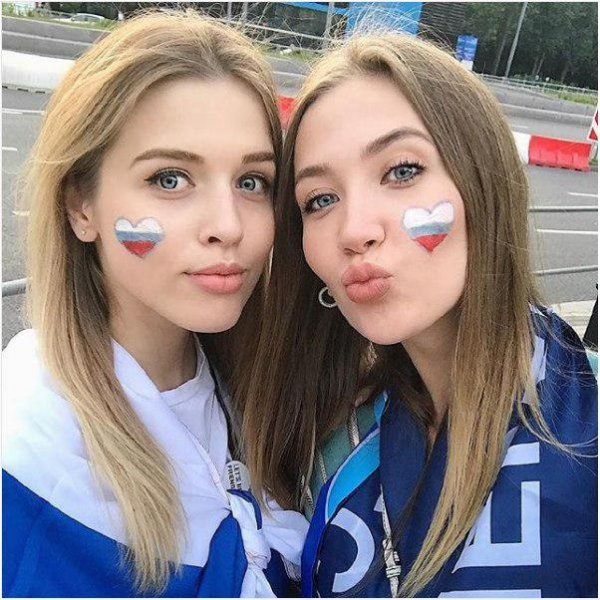 Милые, красивые и не из порно: Русские болельщицы ЧМ-2018 взрывают соцсети своими фото