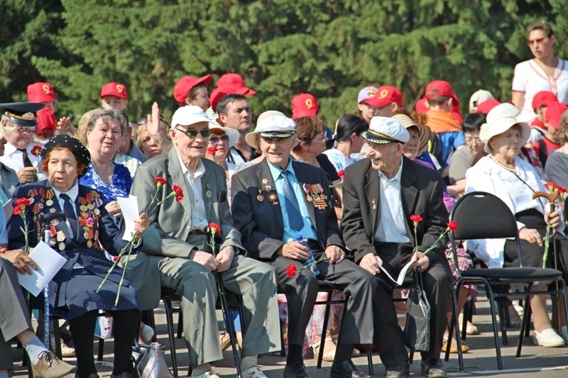 Лиханов: Подвиг советского народа нельзя забыть и вычеркнуть из истории