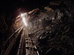 Отколовшаяся порода в шахте убила мужчину