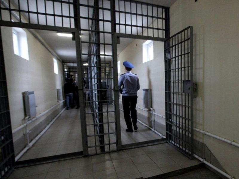 Право ходатайствовать об УДО ещё из СИЗО хотят дать заключенным