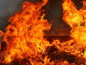 Маленький ребенок пострадал на пожаре