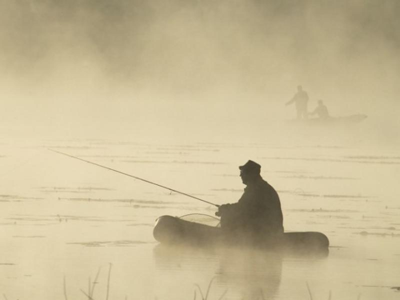 Пропавшего рыбака ищут в двух районах Забайкалья