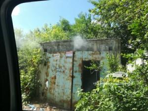 Горит гараж на улице Тимирязева
