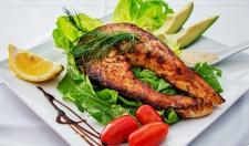Выяснилось, что еда влияет на гены человека