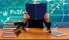 В российских школах откажутся от традиционных учебников в пользу цифровых