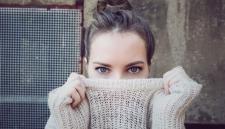Фейсбук научил нейросеть «рисовать» пользователям глаза на фото