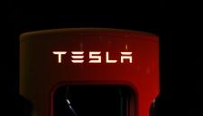 Грузовик от Tesla получит режим «безумный Макс»