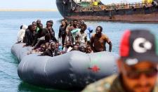 Австрийский канцлер предлагает размещать беженцев на специальных платформах