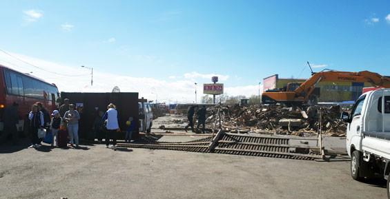 После сноса автостанции в Петропавловске пассажиры не могут найти билетные кассы