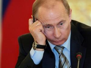 Путину доверяет только 42 % россиян