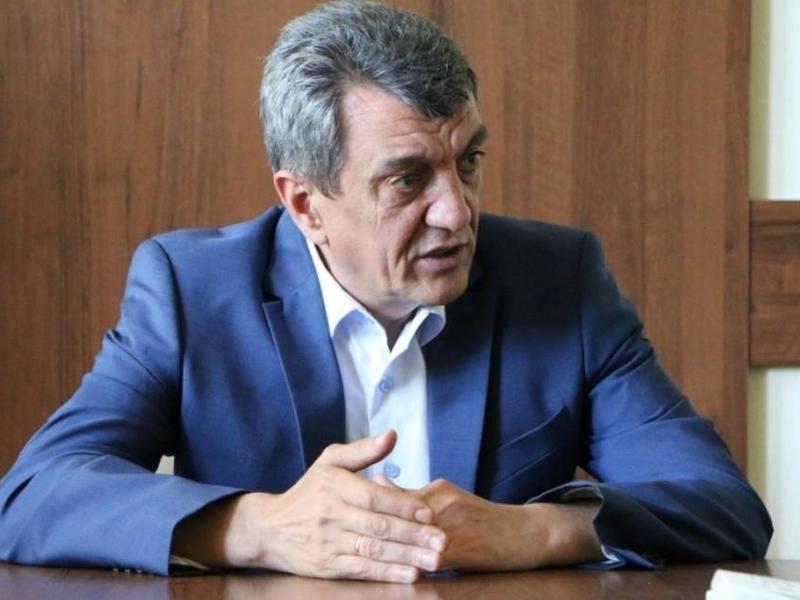Полпред Меняйло поручил властям регионов СФО упростить процедуры ведения бизнеса