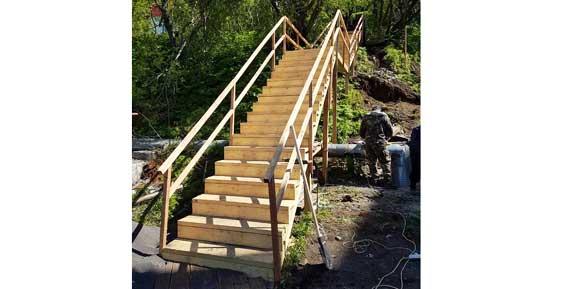 С начала июня в Петропавловске отремонтировали 13 лестничных переходов