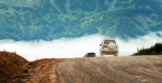 На Камчатке ремонтируют дорогу на Вилючинский перевал
