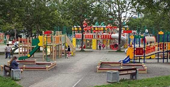 В Петропавловске укомплектовали 16 детских площадок