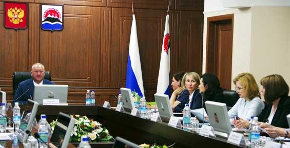 В правительстве Камчатки обсудили укрепление позиций в рейтинге инвестиционного климата