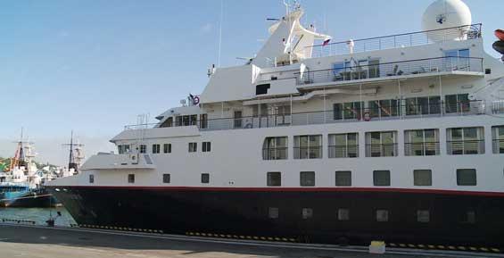 К причалу морвокзала впервые  пришвартовался круизный лайнер с туристами