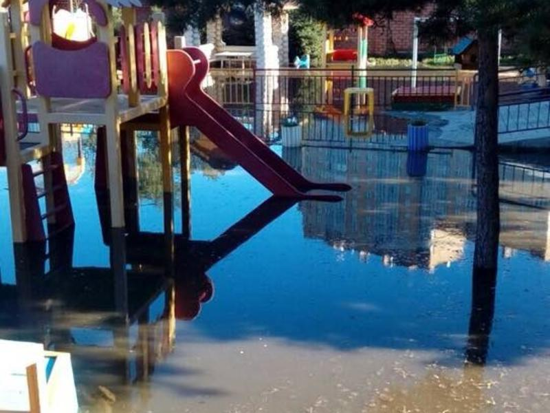Детсад на ул. Серова в Чите подтопило из-за подъёма реки