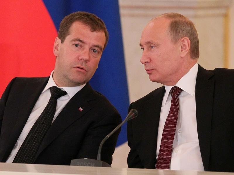 Путин призвал Медведева «шевелиться» в восстановлении Забайкалья
