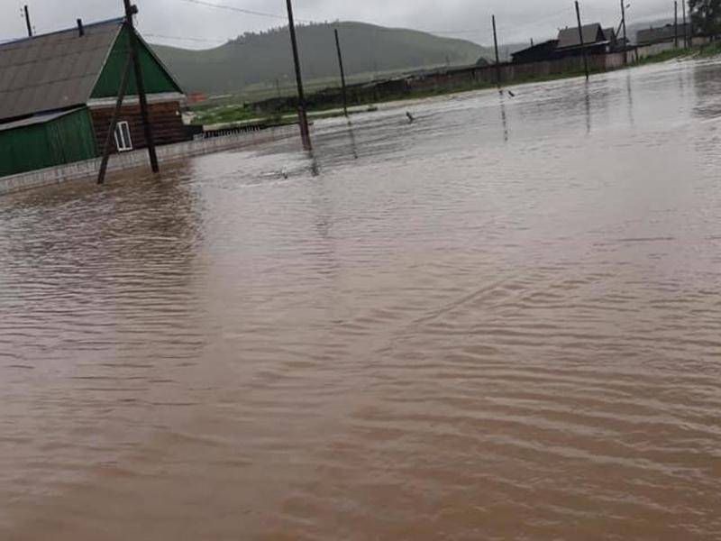 Жителей села Таптанай Дульдургинского арйона эвакуировали из-за ливней