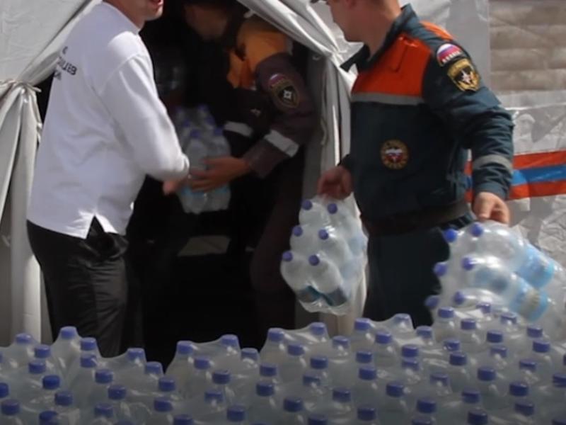 Волонтеры в Чите приостановили выдачу помощи из-за путаницы в списках