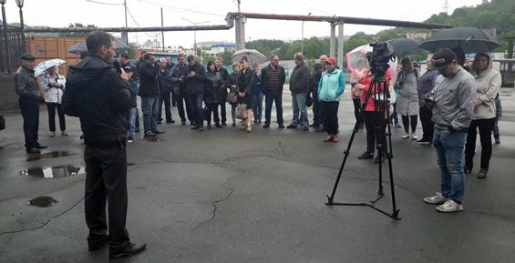 Участники митинга в Петропавловске решили создать общественный совет (фото)