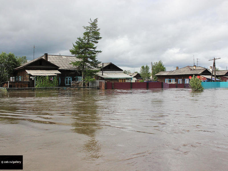 Поселок в Нерчинском районе топит грунтовыми водами