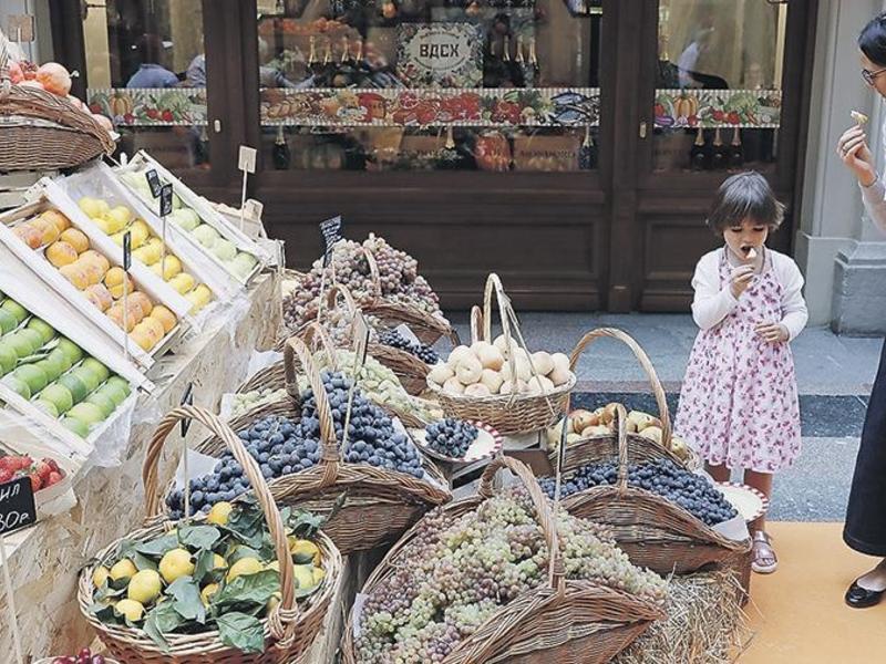 Количество мяса, овощей и фруктов увеличится в потребительской корзине россиян
