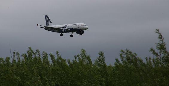 Медведев одобрил электронную визу для главного аэропорта Камчатки
