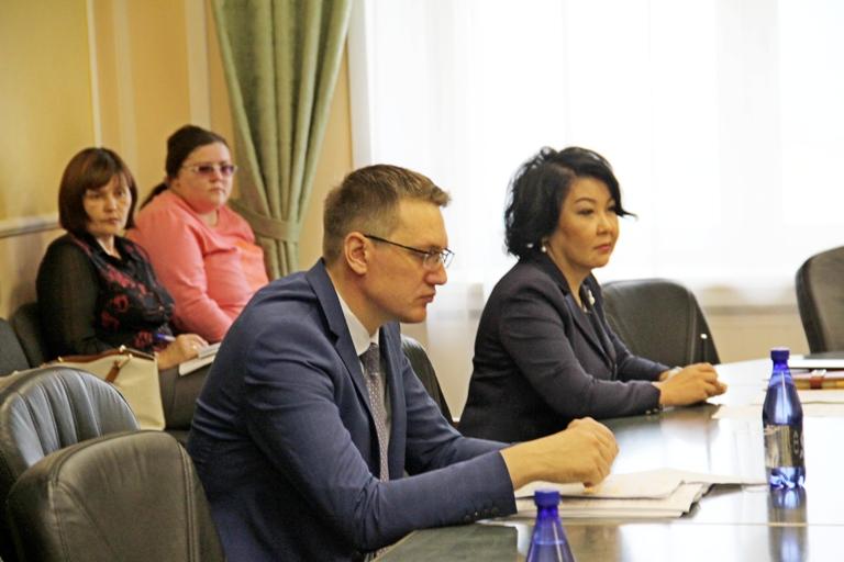 Депутат Михайлов: 6 ФАПов в год – не те цифры, на которые надо ориентироваться