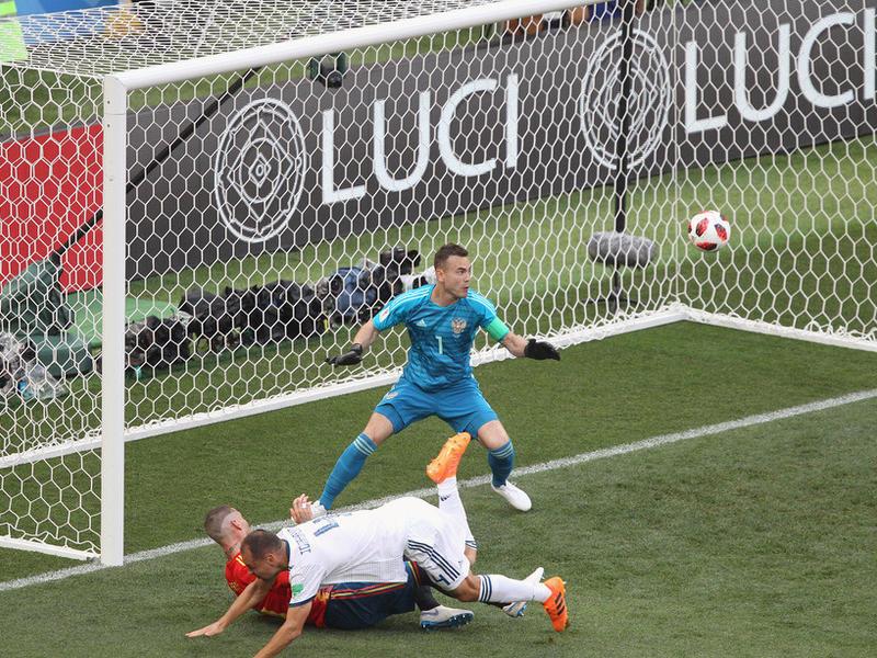 Постыка – о матче с Испанией: Судья отработал нормально, автогол Игнашевича – случайность