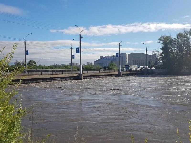В Чите открыли для движения мост на «Пожарке», который чуть не затопило