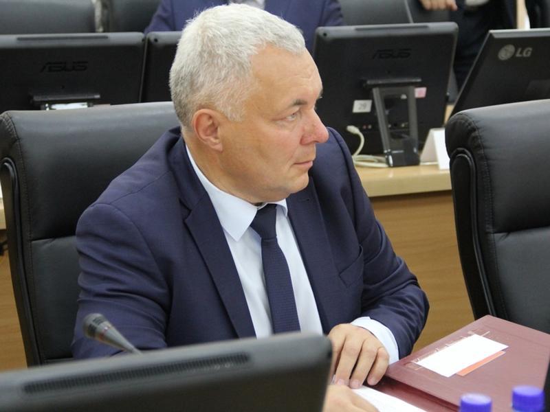 Депутат Гурулёв: Людям нужно помочь подготовиться к зиме