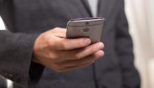 Экспертами названы самые бесполезные функции смартфонов