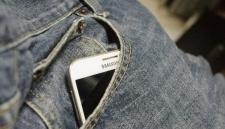 Samsung выпустит экран, которому не страшны падения