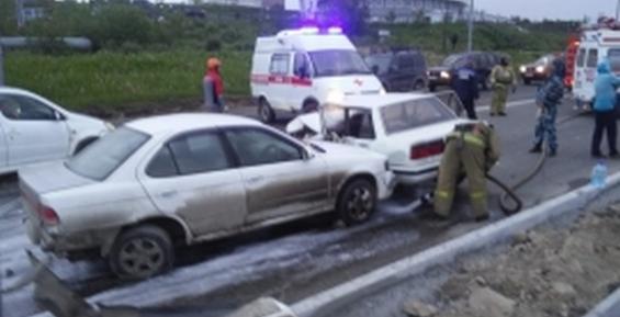 В Петропавловске при столкновении трех машин и автобуса пострадал человек