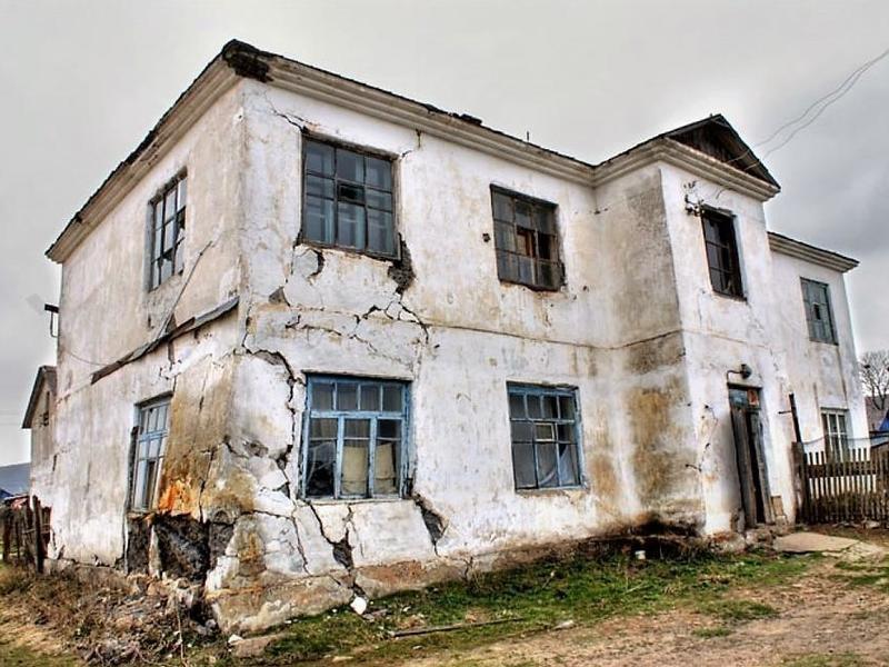 Жданова назвала причины срыва программы переселения из ветхого жилья