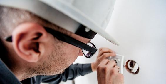 На Камчатке строительную фирму оштрафовали за не проверенных психиатром работников