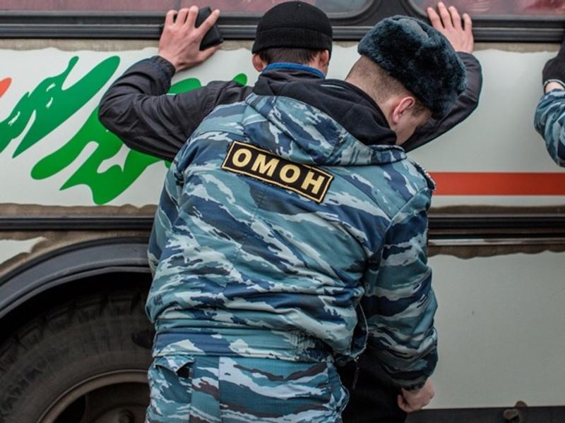 Жителя Бурятии приговорили к крупному штрафу за драку с ОМОНовцем в Забайкалье