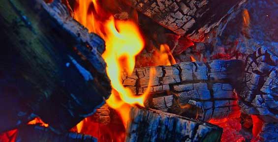 На Камчатке пенсионерка умерла в погребе, надышавшись продуктами горения
