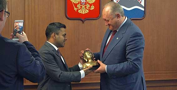 Губернатор Камчатки встретился с генеральным консулом Индии во Владивостоке