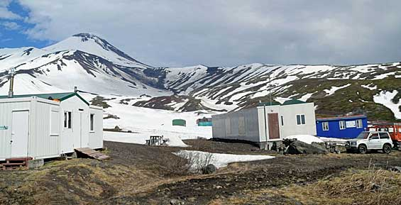 На Камчатке сотрудники заповедника подготовили кордон «Авачинский» для туристов