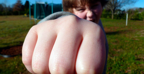 Камчатского школьника обвинили в сексуальном насилии над 12-летней девочкой