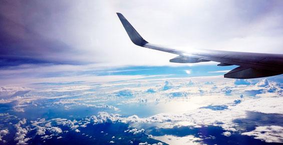 Первый самолет с Камчатки на Колыму полетел полупустым