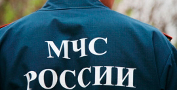 В Петропавловске спасатели МЧС обследуют здания после землетрясения