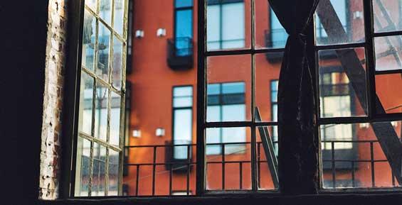 На Камчатке двое школьников ограбили квартиру предпринимательницы
