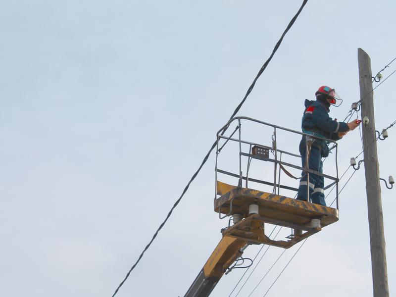 За 7 месяцев «Читаэнерго» отремонтировало более тысячи километров линий электропередачи