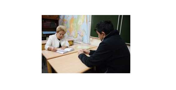 Омбудсмен Валентина Броневич проведала Александра Бабака в камчатском СИЗО