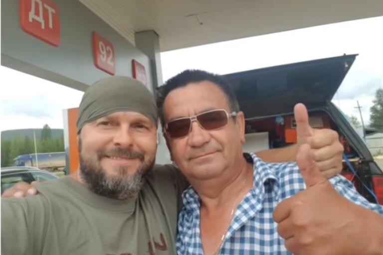 Водитель автобуса привез в Читу иностранцу-участнику автопробега забытое в Шилке портмоне