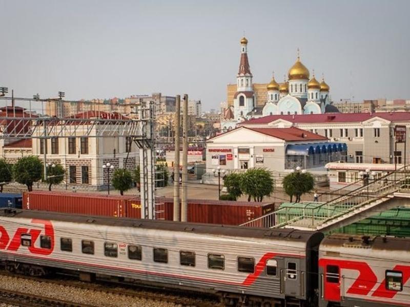 Жданова и Лиханов поздравили забайкальцев с Днём железнодорожника